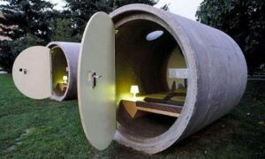 20 удивительных домов из мусора